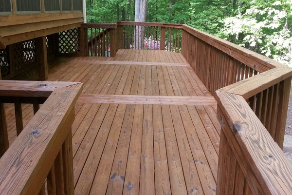 The Proper Way to Clean Your Deck