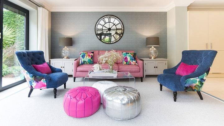 Pink salons