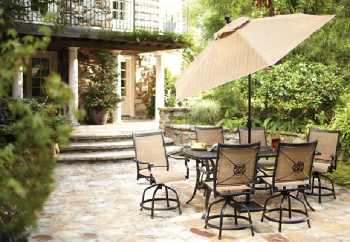 great-tips-for-cleaning-your-outdoor-furniture