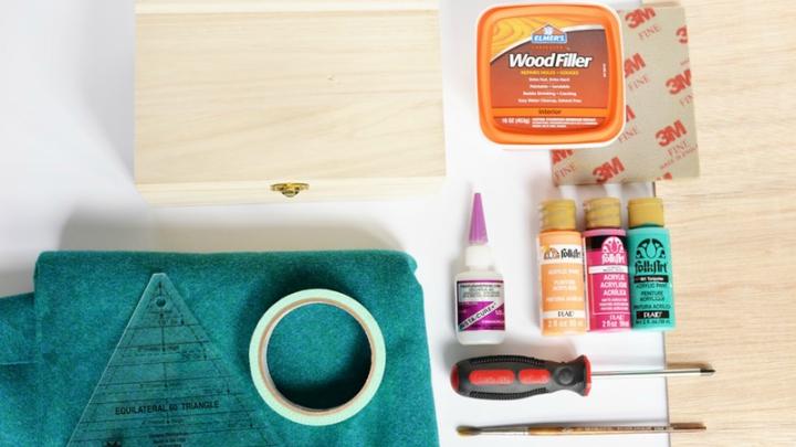 Paint a Wooden Box