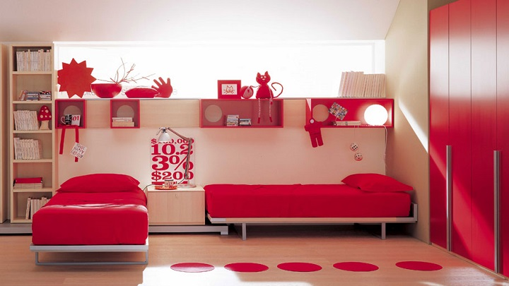 rooms decorated in red